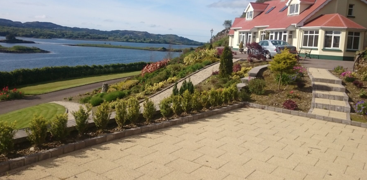 macs landscaping